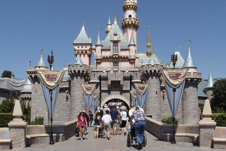Disneyland. Author: Tuxyso. This file is licensed under the Creative Commons Attribution-Share Alike 3.0 Unported license.