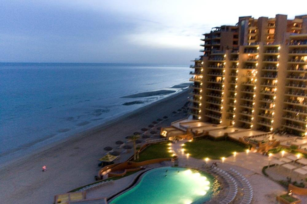 Las Palomas Resort, Puerto Penasco, Mexico. This file is licensed under the Creative Commons Attribution-Share Alike 3.0 Unported license. Author: Luxury Villa Photography