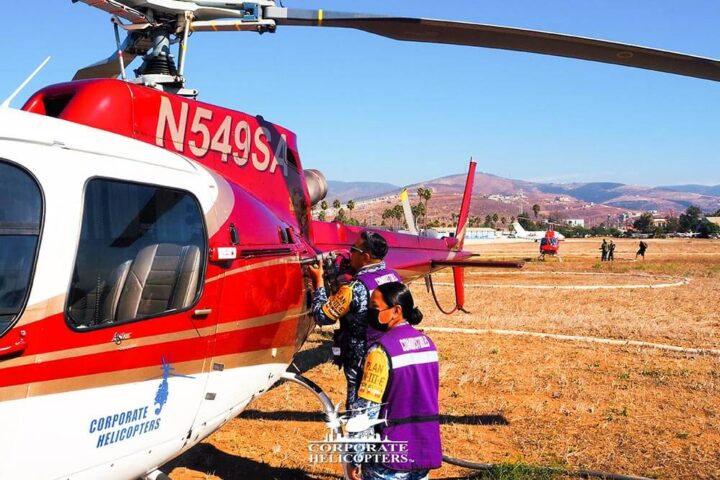 Helicopters with race workers in Mexico